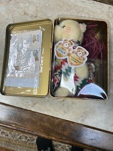 Cherished Teddies- 2000 Limited Holiday Collectible Tin- 3rd In A Series