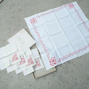 Leacock Embroidered Red Linen Square Table Runner and 4 Napkins