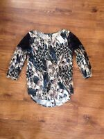 Billabong Designer Closet Geoegous Top Tunic Shirt Sz M