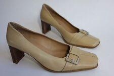 Clarks womens cream leather mid heel shoes uk 7
