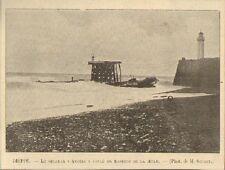 76 DIEPPE LE STEAMER ANGERS COULE EN TRAVERS DE LA JETEE IMAGE 1899