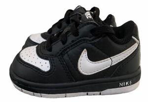 Nike Black White Sneakers Unisex Infants Toddler Little Boys Girls Size 4C