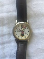 Minnie mouse wrist watch works! Disney collectible vintage Mickey Leather Band