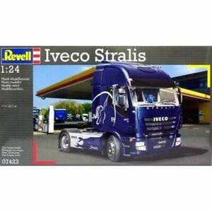Revell 1/24 Iveco Stralis Kit 95-07423 (New)