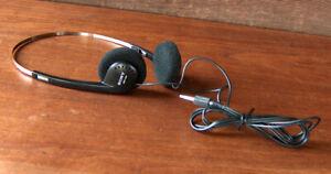 ESTATE FIND Vintage SONY WALKMAN MDR-004 HEADPHONES