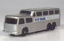 Lledo Days Gone GM PD-4501 Scenicruiser International Toy Fair Scale Model Bus