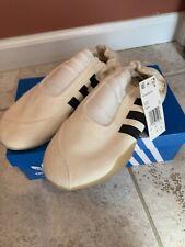 Adidas Taekwondo Womens Cream White Size 6 Slip on Shoes, D98204