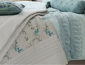 M&S  Floral Embroidered Bedspread 200 Cm X 220 Cm Double- King Size Bed Rrp £149