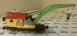 """Lionel No. 810  """"O"""" Gauge Crane Car - Cream/Vermillion"""