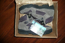 NIB WOMANS ALPHA BOOT VASQUE WINTER HIKING BOOTS SIZE 5.5 CHARCOAL GRAY EGGPLANT
