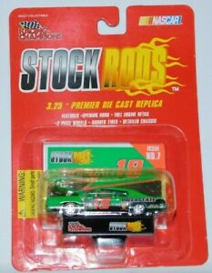 RACING CHAMPIONS STOCK RODS ISSUE 7 #18 INTERSTATE BATTERIES PONTIAC GTO