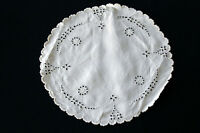 3 VINTAGE 1920'S-1930'S WHITE ROUND HAND EMBROIDERED TABLE LINENS 11' DIAMETER
