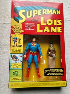 Superman and Lois Lane deluxe action figure set. New