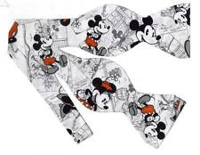 (1)  BOW TIE - VINTAGE DISNEY MINNIE & MICKEY MOUSE TOSSED ON COMIC STRIPS