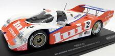 Modell-Rennfahrzeuge aus Gusseisen von Porsche im Maßstab 1:18