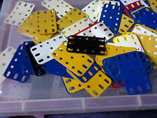 Plastic flexible plates 194 - 64 pieces as per picture