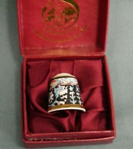Staffordshire Enamels on Copper Thimble William Morris Collection Boxed