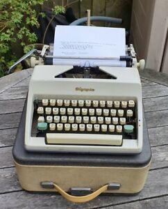 Olympia SM 8 Portable Typewriter With Original Case Era. 1960's Working Vintage