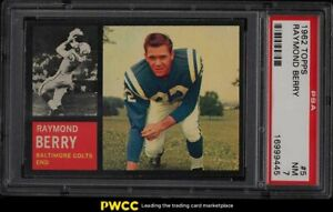 1962 Topps Football Raymond Berry SHORT PRINT #5 PSA 7 NRMT