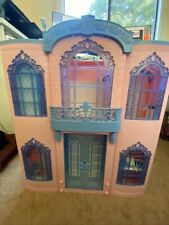 Vintage 2000 Mattel Barbie Grand Hotel Fold Up Doll House w/ accessories!