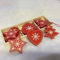 Set 12 Red Wood Nordic Christmas Tree Decorations Scandinavia Snowfllake White