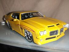 Toy Jada Dub Bigtime1:24 Yellow 1971 Pontiac GTO Judge Hot Rod Diecast Car