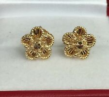 18k Solid Yellow Gold Cute Flower Stud Earrings, Diamond Cut 2.43 Grams