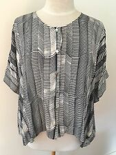 Sas & Bide Blue & Cream Comb Print Button Up Box Shape Top/Jacket - Size 8