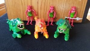 VINTAGE ARCO FIGURES AND SEA DRAGONS