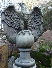 aigle impérial en pierre reconstituée,68 cm de haut,superbe