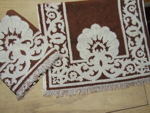 VINTAGE SEARS ROEBUCK BROWN SCROLL DESIGN (2PC) SET HAND TOWELS 16 X 23