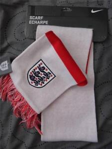 NIKE AUTHENTIC REPLICA ENGLAND  SCARF ONE SIZE MEN NWT $$$$