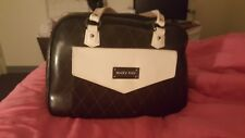 mary kay bag plus products  great for a beginning seller. Great deal!!!