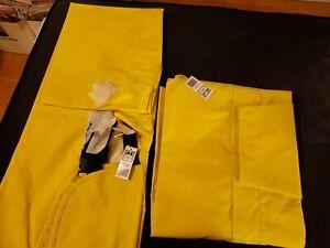 Dutch Harbor Gear 2XLRain Coat and Bibs New in package