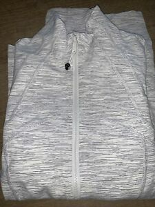 NWT authemtic lululemon define jacket in Wee Are From Space Nimbus gray size 10