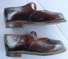 Chaussures mannequin / souliers d'enfant anciens vintage child shoes