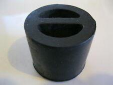 EXHAUST RUBBER MOUNTING - BEDFORD  FORD  ISUZU  OPEL  VAUXHALL