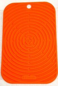 "New LE CREUSET Cool Tool Silicone Trivet Hot Pad 9.5"" x 6""  Flame/Orange"