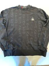 adidas Originals x Pharrell Williams Herren HU Hiking Camo Coach Jacke Grün Tarnfarbe
