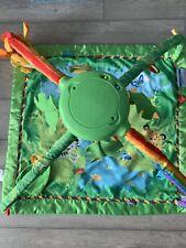 Fisher Price Rainforest Deluxe Gym Babydecke Krabbeldecke mit Spielbogen