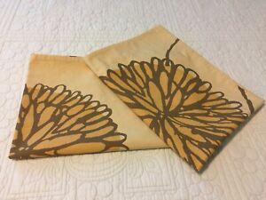 "(2) West Elm Standard Size 20""x26"" Pillow Shams(Cases) Organic Cotton Flower"