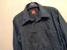 👤 Hugo Boss 👤 Size M Medium Mens Embellished Shirt