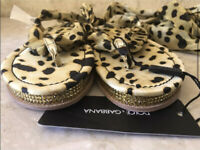 Dolce & Gabbana Taglia Leopard Print Open Sandals Slippers Size 39 AUTHENTIC NEW