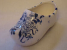 VINTAGE HAND PAINTED DUTCH STYLE SHOE FROM JAPAN - NR