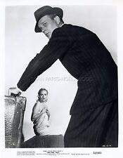 JOSEPH COTTEN TERESA WRIGHT THE STEEL TRAP 1952 VINTAGE PHOTO ORIGINAL #2