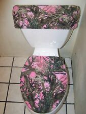 PINK MOSSY OAK CAMO FLEECE TOILET SEAT COVER SET