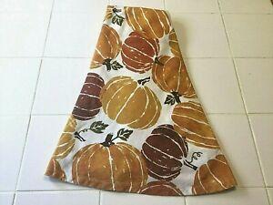 "Harvest Collection Halloween/Fall/Autumn Cloth Tablecloth 60"" Round Pumpkins"