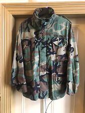 Genuine US Army M65 Jacket. Size Large/ Regular
