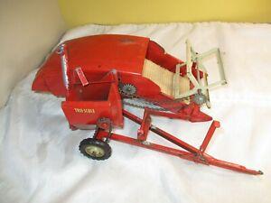 Vintage Tru-Scale Pressed Steel Combine for Parts or Repair