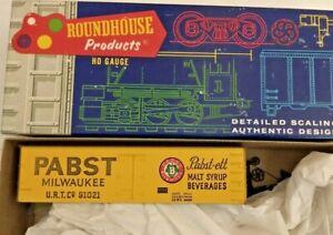 HO scale Roundhouse Pabst Milwaukee  Billboard Reefer URTC 91021  Kit